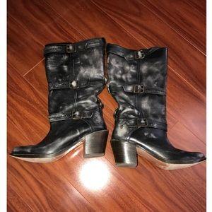 Black Frye low heel boots!